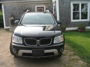 2009 Pontiac Torrent Podium Edition SUV, Crossover