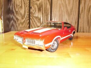 1.18 scale diecast muscle cars