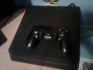 Ps4 slim 1 controller and hookups