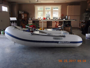 9 ft Mercury inflatable boat