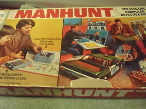Man Hunt The Electric Computer Detective Board Game