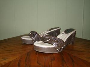 Gorgeous Frye Leather Sandals Size 6M