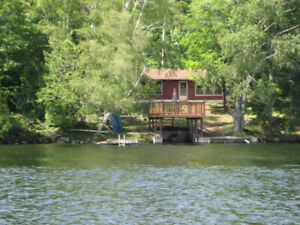 Waterfront Cottage avail. Labour Day Sunday to Tuesday