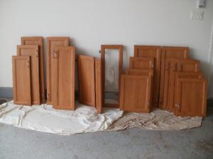 Porte d armoire de cuisine a vendre