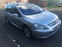 Peugeot 307 saw se hdi 2002 7 seater £495 spares or repairs
