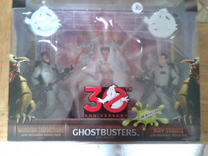 Matty Collectables Ghostbusters Ray and Winston