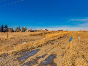 OPPORTUNITY KNOCKS in this 4.95 ACRES of Land w/MOUNTAIN VIEWS!
