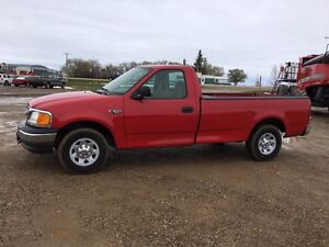 2004 Ford F-150. LOW KMS!