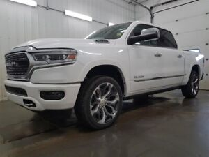 2019 RAM 1500 Crew Cab 4x4 Limited /12in Display /Panoramic Roof