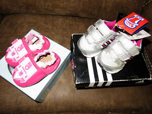 New Robeez ''Peek'a'boo'' and Adidas sneakers 0-6 months