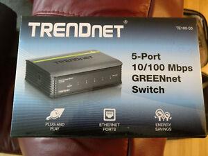 Brand New Trendnet 5port 10/100 Greenet Switch