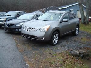 2008 Nissan Rogue SUV, Crossover  ALL WHEEL DRIVE
