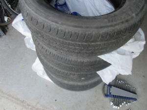 4 pneus ete Bridgestone 225 65 17 / summer tires
