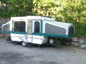 2000 Starcraft Venture Tent Trailer. Amazing condition