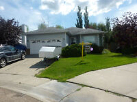 Great bungalow in Twin Brooks. Open House Today!