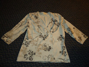 Ladies Size L/G 3/4 Sleeve Dressy Cotton Shirt by Laura Kingston Kingston Area image 1