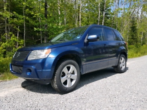 2010 SUZUKI GRAND VITARA....REDUCED PRICE!