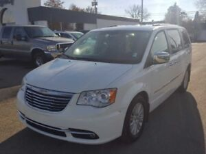 2012 Chrysler Town  Country LMT FWD