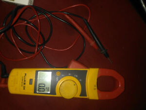 Clamp Meter with Fluke Leads Fluke 323 True RMS Electricians