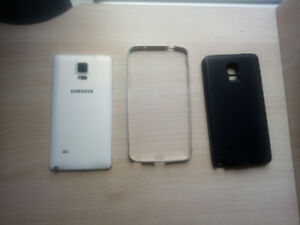 Samsung Note 4 - Excellent condition[5 month new battery]