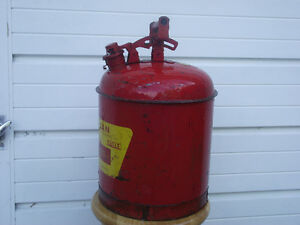 5 Gallon Eagle Safety Gas Can Kingston Kingston Area image 2