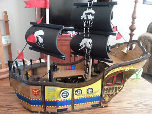 jake and the neverland pirates Ship by kidkraft