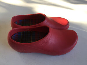 Gardening Shoes - clogs