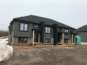 *** BRAND NEW TOWNHOUSES FOR RENT *** AVAILABLE JULY 1ST, 2017