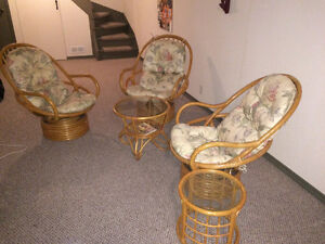 3 Wicker chairs and 2 side tables London Ontario image 1