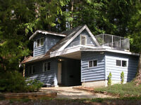 Sproat Lake Vacation Cottage - a Gem!