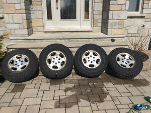 New Goodyear Wrangler Duratrac tires 265/70R16+16inch alloy rims