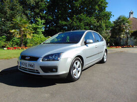 Lovely 2006 Low Mileage Ford Focus 1.6 Zetec Climate Drives Beautifully