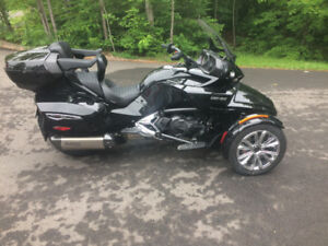 CAN AM SPYDER F3 LIMITED 2017