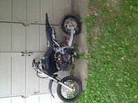 2010 gio dirtbike need gone ASAP needs little work