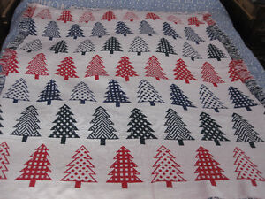 NEW: REVERSIBLE CHRISTMAS TREE THEMED HEAVY COTTON THROW