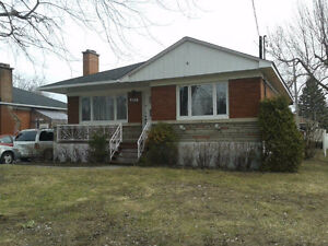 Maison à louer à Deux-Montagnes, près de Laval et de Montréal