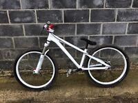 Custom Saracen al team - hope - halo - nsbikes - dmr - mountain dirt jump bike