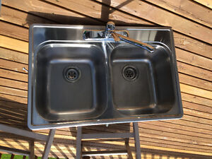 Stainless steel sink (double) with faucet