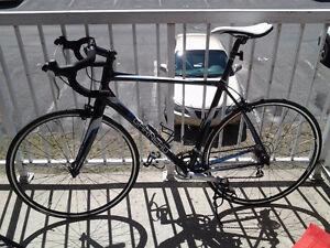 Vélo de route pour homme Louis Garneau