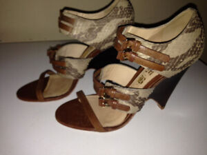 "Gwen Stefan ""L.A.M.B."" Snakeskin Sandals  Size 7"