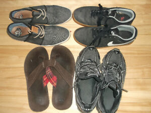 4 PAIRS OF SIZE: 9 MEN SHOES