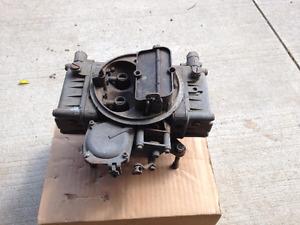 390 CFM Holley Carburetor