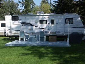 2009 North Country LS 27BHS Travel Trailer