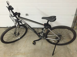 SPECIALIZED CROSSTRAIL COMP MENS BIKE