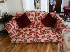 2-Seater Traditional Quality Settee.
