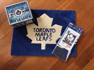 TORONTO MAPLE LEAFS Rug Mat Kids Metal Lunch Box and Flag