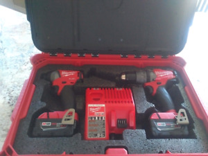 Milwaukee Fuel Hammer Drill and Impact set with packout box