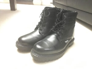 Brand NEW Arnold Palmer Winter Boots - Size 12