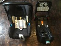 Infant Car Seat with Isofix base - Britax