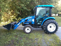 TRACTEUR NEW HOLLAND BOOMER 3050